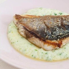 Zesty Skordalia mash with seared yellowtail fillet