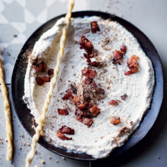 Biltong-and-bacon dip with Parmesan breadsticks