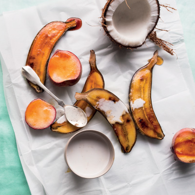Caramelised fruit with vanilla coconut milk