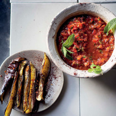 Spicy tomato dip with brinjal dippers