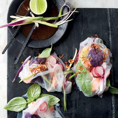 Vietnamese prawn, mango and basil parcels with tamarind dressing