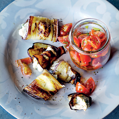 Grilled brinjal rolls with tomato salsa