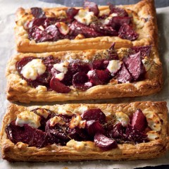 Open goat's cheese and beetroot tart