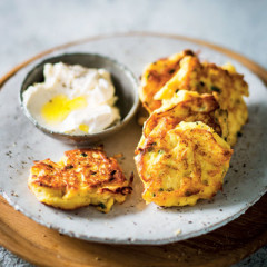 Parsnip rostis with sour cream