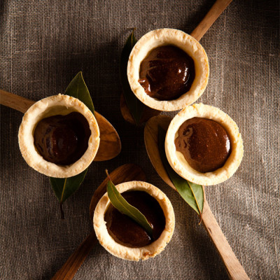 Gluten-free pastry tarts with nutella-style hazelnut spread