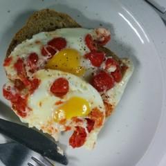 Microwave baked eggs