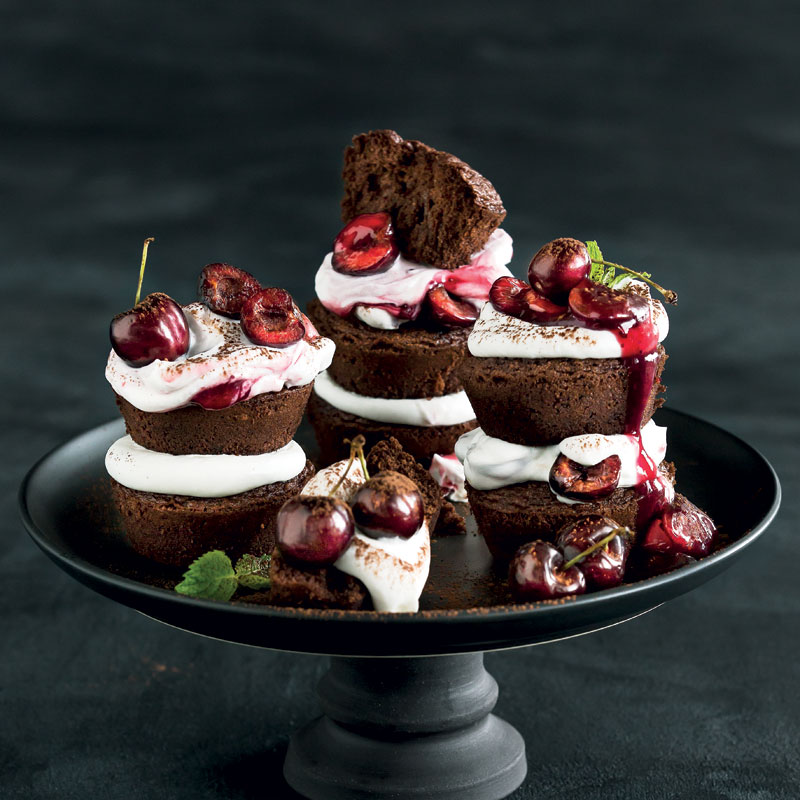 Cake Black Forest The Harvest : Mini Black Forest cakes Woolworths TASTE