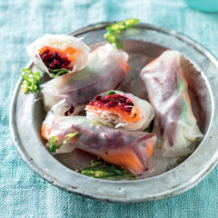 Smoked salmon crystal summer rolls