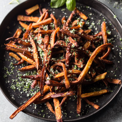 Sweet potato chips with herbed salt