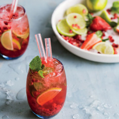 Virgin pomegranate mojito