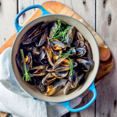 Chilled mussel soup