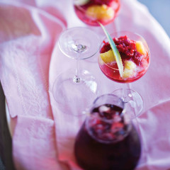 Iced pineapple with raspberry and vodka