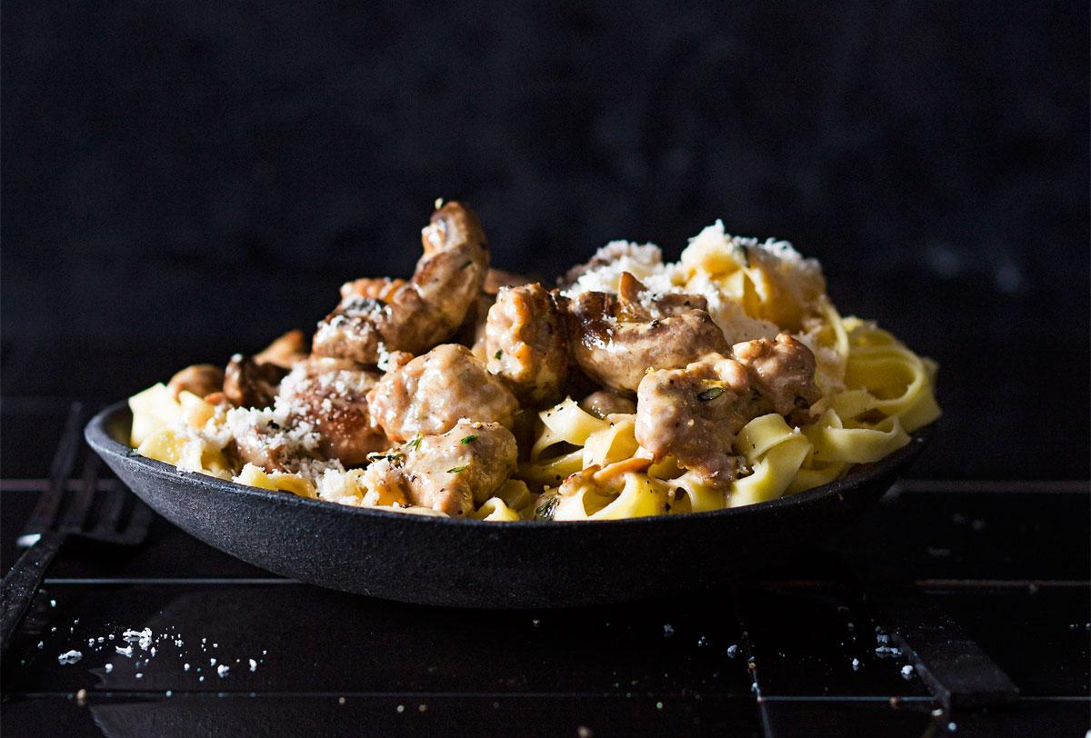 Creamy mushroom sausage pasta