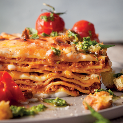 Lasagne with oven-roasted vine tomatoes and basil pesto