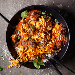 Italian meatballs with tagliatelle