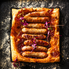 Onion marmalade-and-sausage tart
