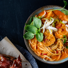 Thai red coconut chicken curry