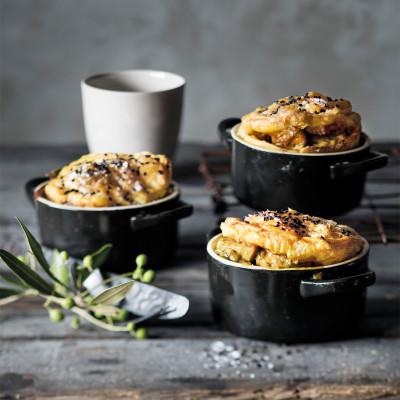 Rachmah's chicken pie