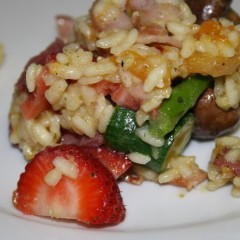 Strawberry and vegetable risotto oven-baked