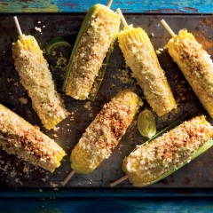 Corn on the cob with lime, feta and mayo