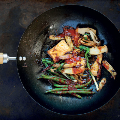 Stir-fried tofu in a fiery sauce