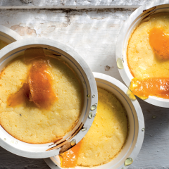 Citrus buttermilk pudding with marmalade