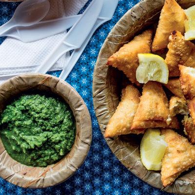 Potato samoosas with green chutney