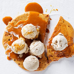 Coffee ice-cream with hokey pokey (honeycomb) and butterscotch sauce