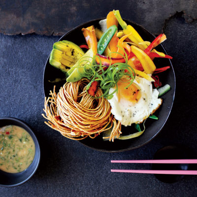 Fried noodle and egg salad