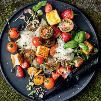 Grilled halloumi, sweet strawberry and tomato salad