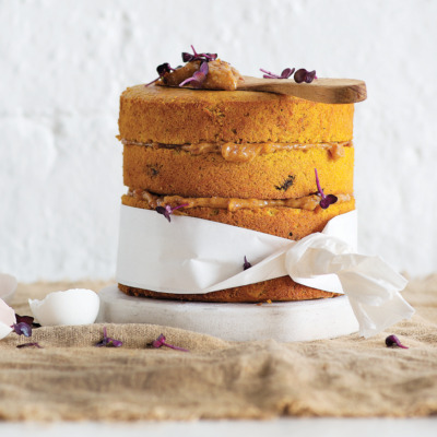 Sweet potato-and-coconut cake with date