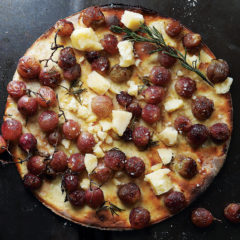 Roasted red grape pizza