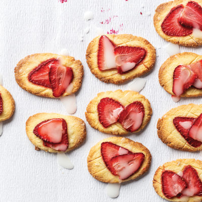 Strawberry butter biscuits