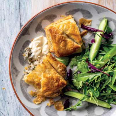 Chicken, mushroom and dill pies