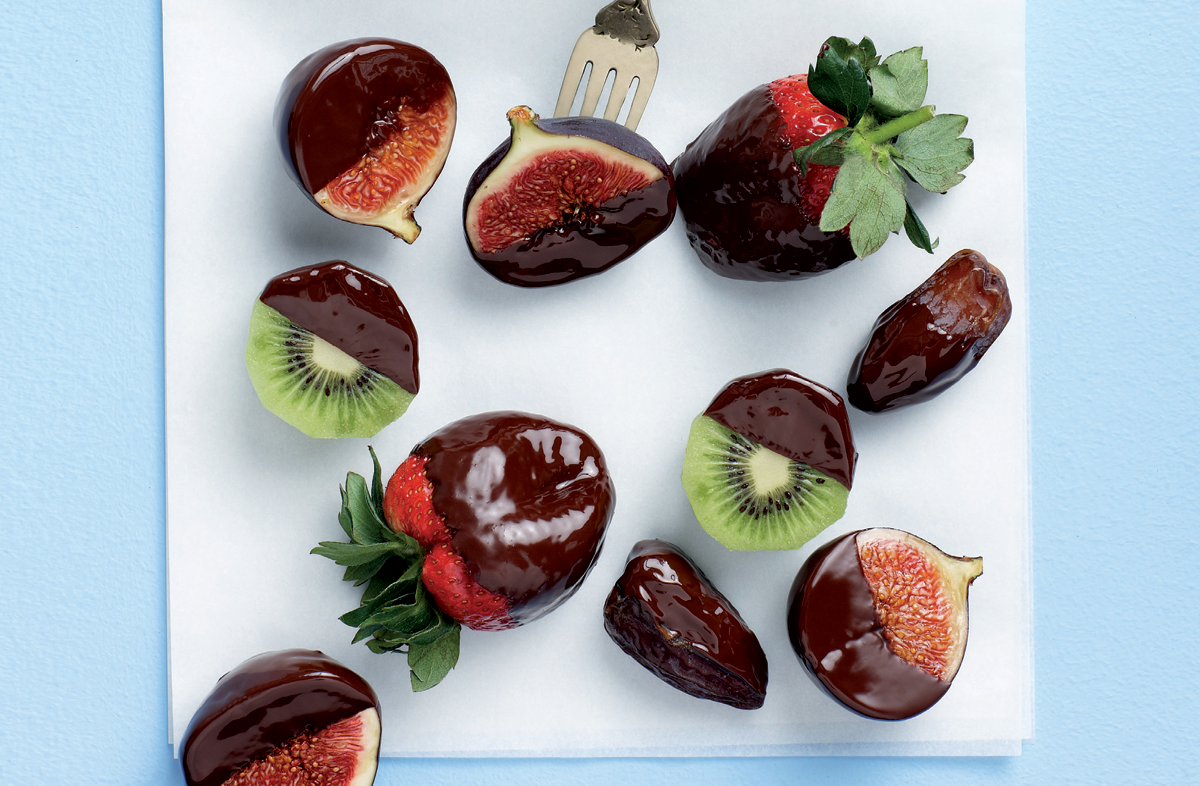 fresh-fruit-chocolate