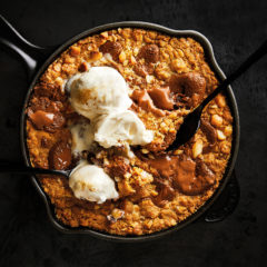 Giant Easter egg skillet cookie