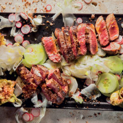 Steak salad with torn figs