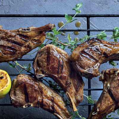 Winey oregano-and-lemon lamb chops