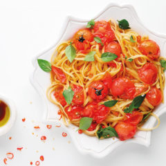 Chilli linguine with blistered tomatoes