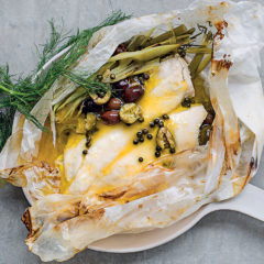 Fish en papillote with orange juice