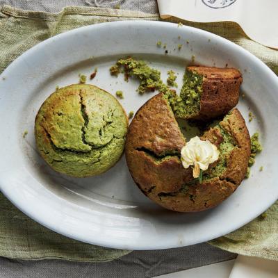 Pea-and-matcha cake