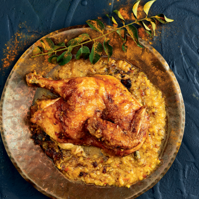 One-pot chicken baked on dhal