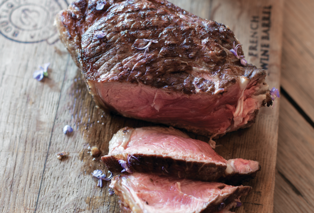 Prime rib steaks with onion purée recipe