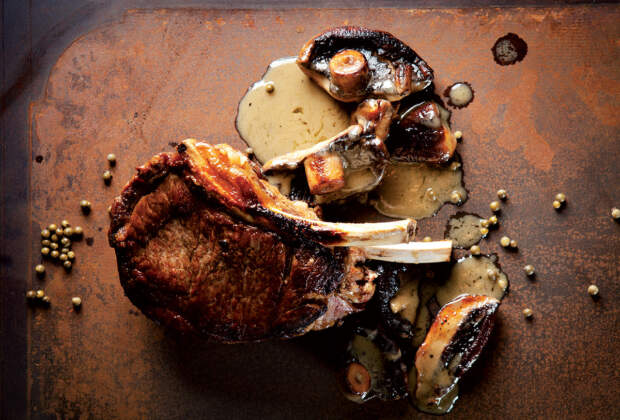 Thick-cut rib-eye with mushroom-and-green peppercorn sauce recipe