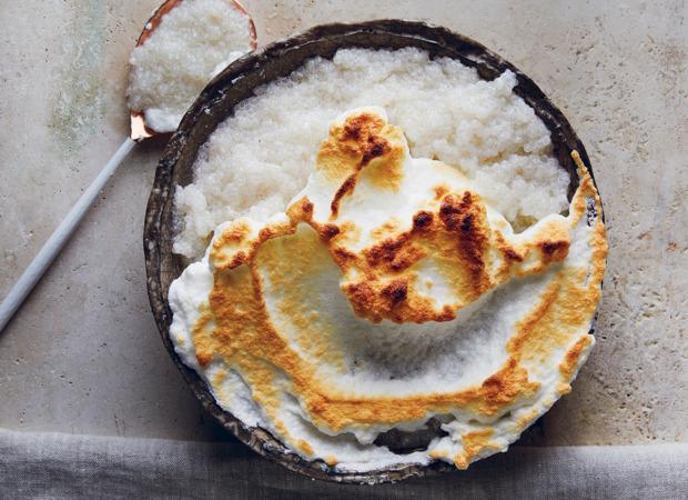 Coconut-and-vanilla sago pudding with Swiss meringue caps recipe