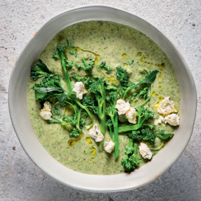 Tenderstem broccoli-and-blue cheese soup