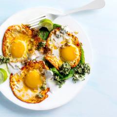 Turmeric-fried eggs with coconut chutney