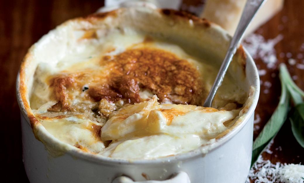 Classic potato bake