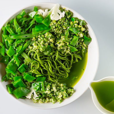 Green asparagus broth