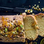Olive-oil-and-pistachio-cake-with-pear-crust recipe